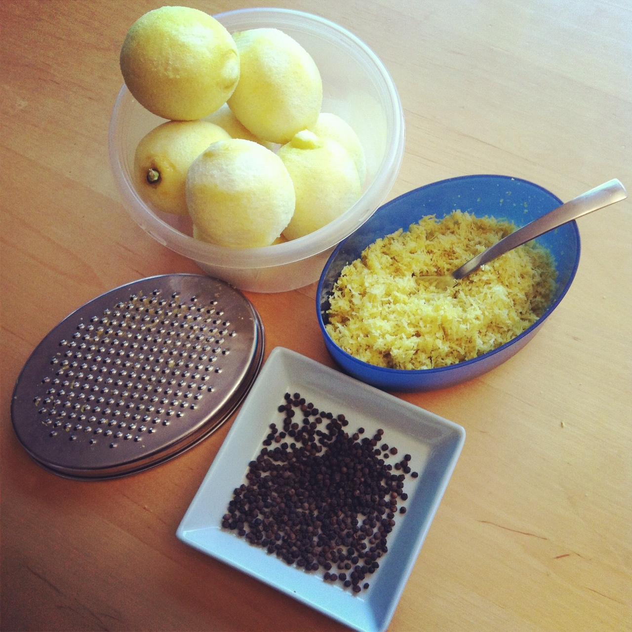 Homemade Lemon Pepper Recipe from SewCreativeBlog