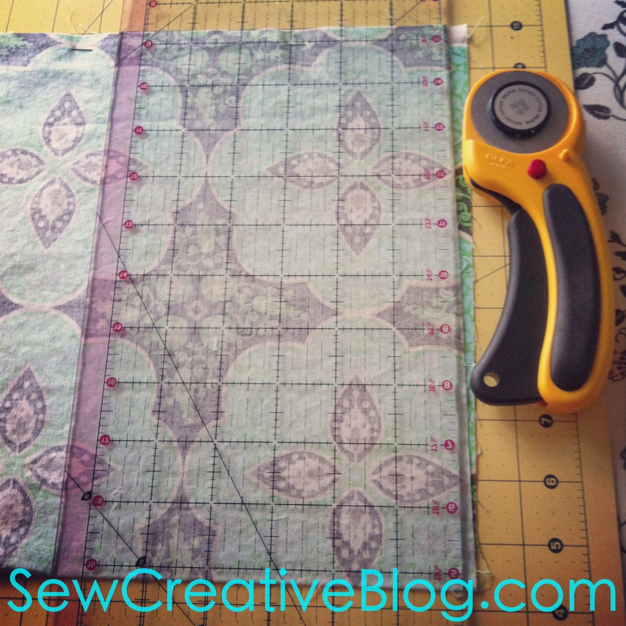 Infinity Scarf Tutorial From Sew Creative Blog Step 2