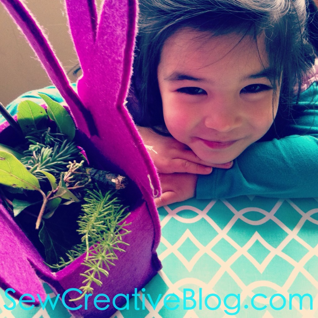 Kids Nature Walk and Found Object Collage Project Perfect For Earth Day 1