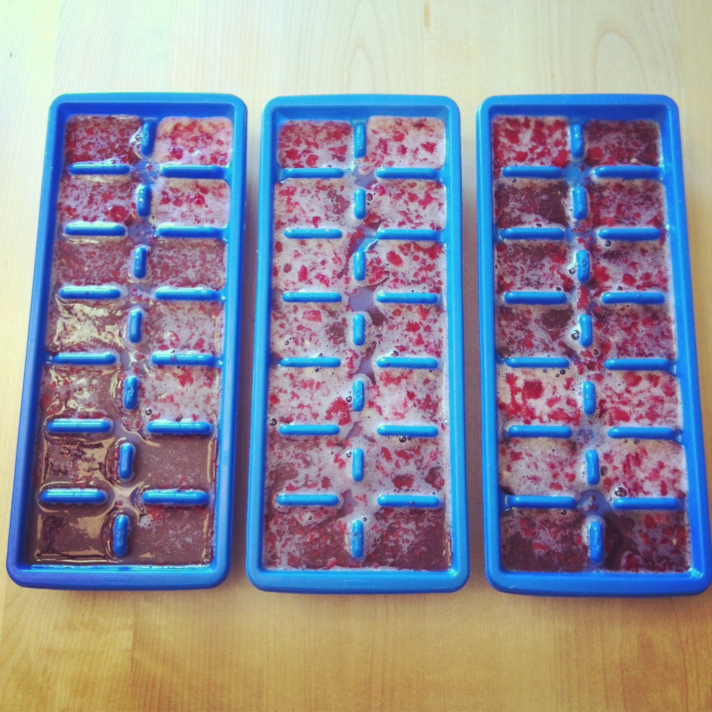 Fizzy Strawberry Lemonade Cubes and Syrup Recipe 4