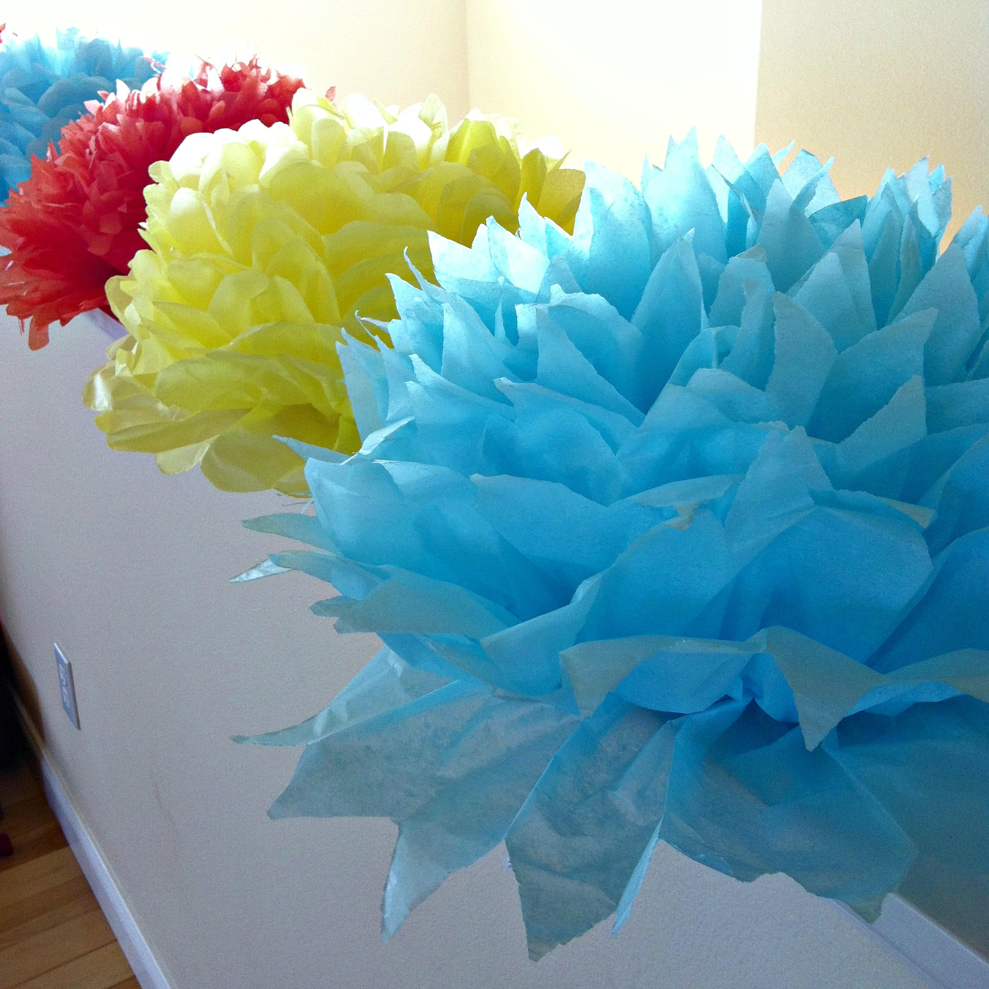 DIY Giant Handmade Tissue Paper Flowers Tutorial 2 for $1.00 Make Beautiful Birthday Party Decorations Final 2