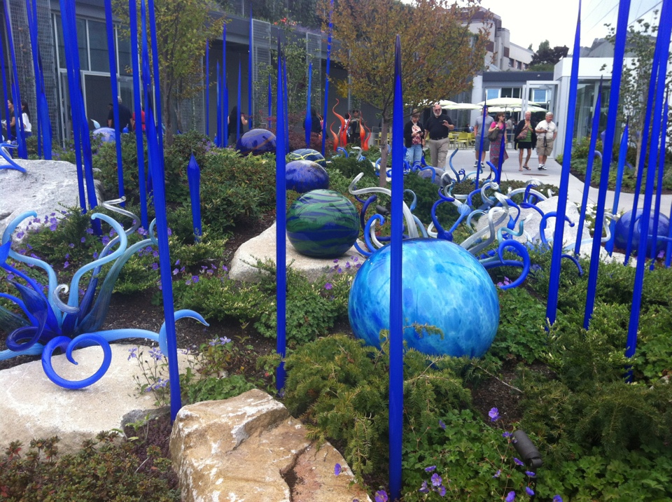 Chihuly Garden and Glass Outside