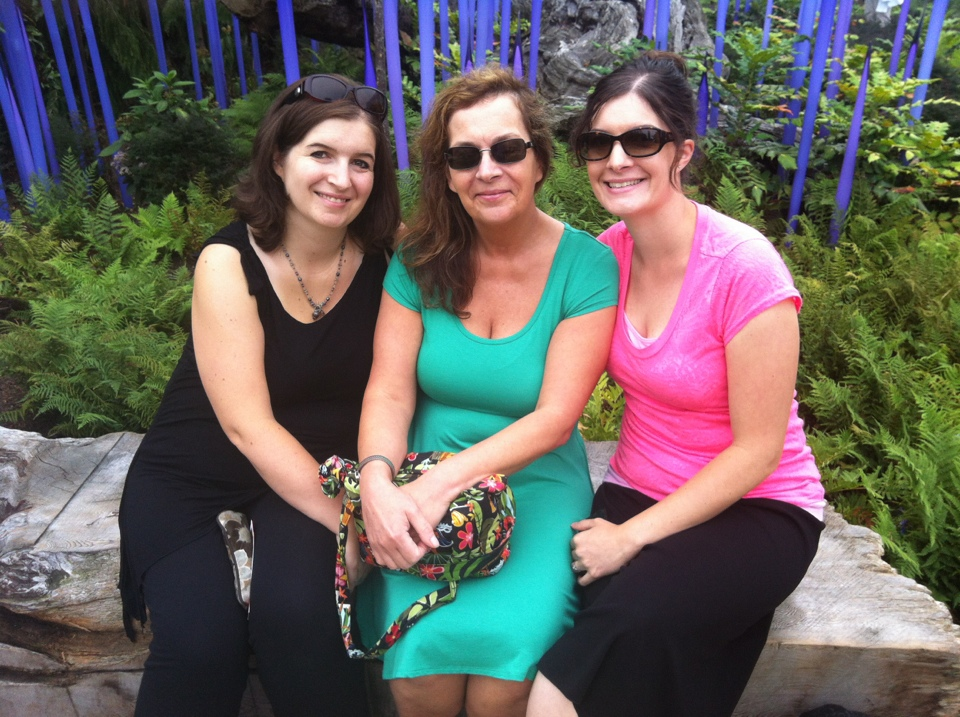 Sisser, Muma and I outside in the garden at Chihuly Garden and Glass