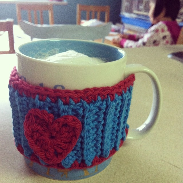 A cup of tea on hand as I get crafty