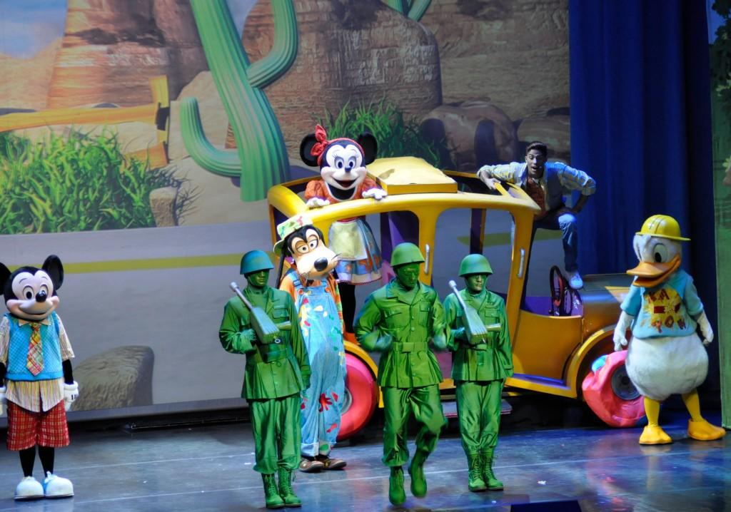 Disney Live Rockin Road Show Pic 4.jpg