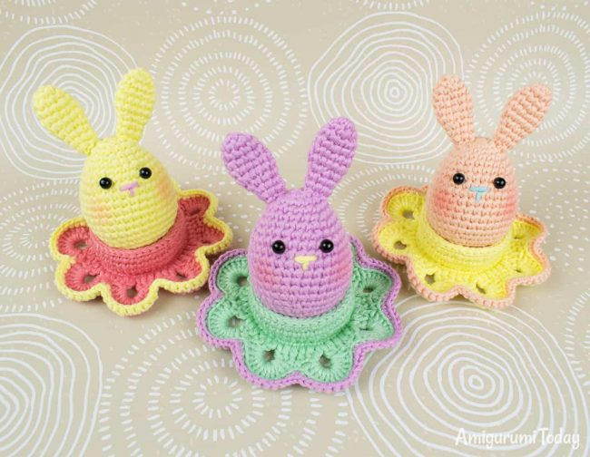 Adorable Spring and Easter Crochet Patterns Perfect For Easter Baskets: Easter Bunny and Flower Egg Cozy Pattern from Amigurumi Today