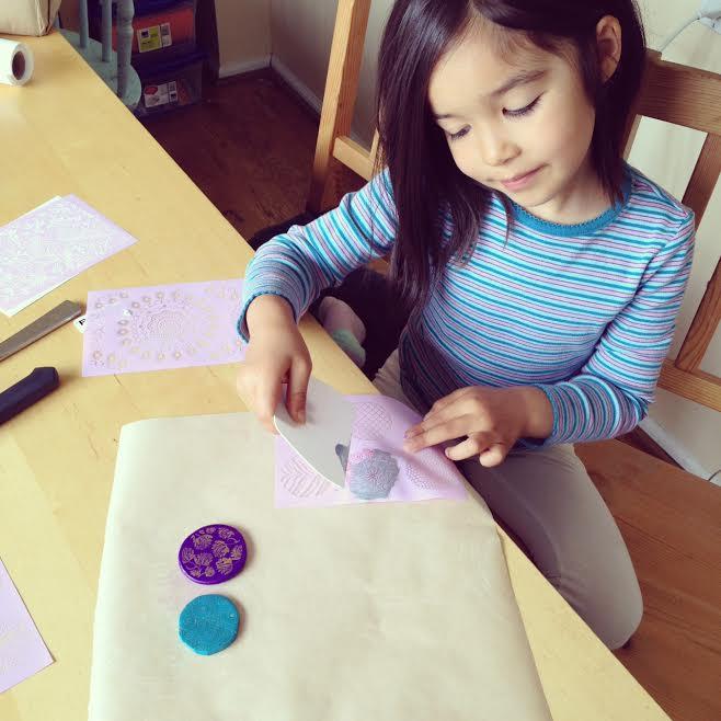 How to make silk screened Premo Sculpey Clay pendants 5