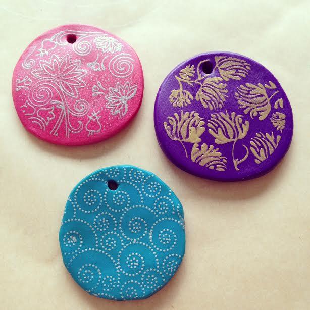 How to make silk screened  Premo Sculpey Clay pendants 6