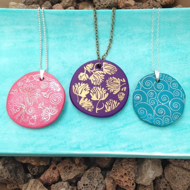How to make silk screened  Premo Sculpey Clay pendants 7