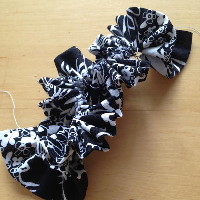 Oh Sew Easy 10 Minute Fabric Flower Tutorial No Sewing Machine Required 3