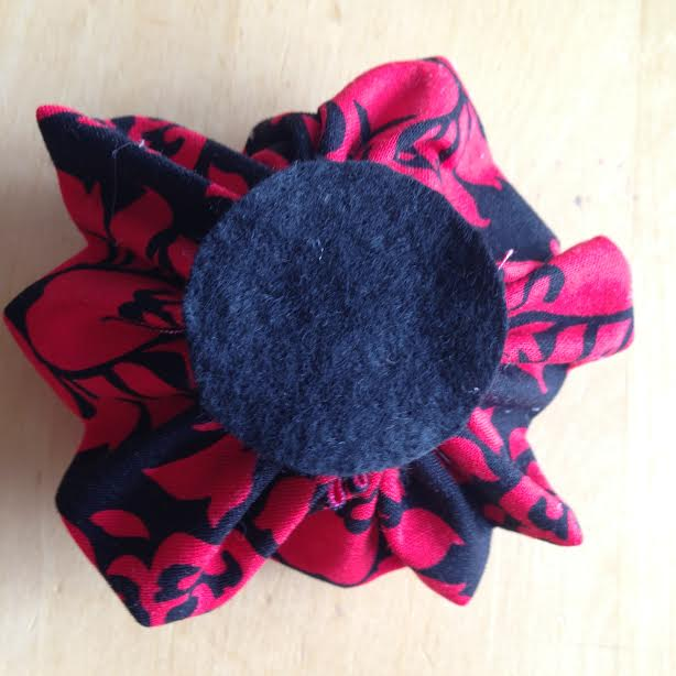 Oh Sew Easy 10 Minute Fabric Flower Tutorial No Sewing Machine Required 9