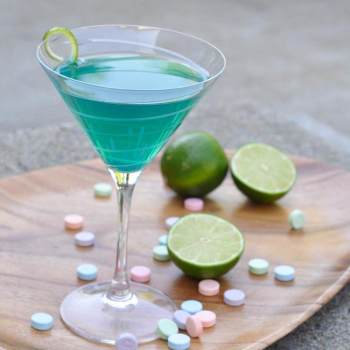 Sweet-Tart-Martini-recipe-1-of-1-700x700