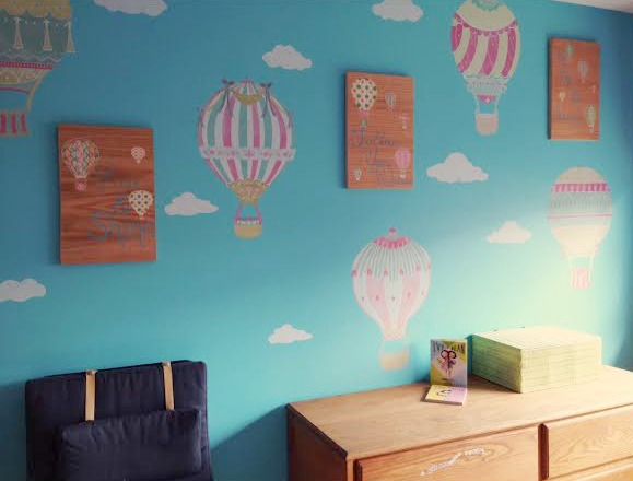 Wallternatives Hot Air Ballon Themed Children's Room from Sew Creative Pic 2
