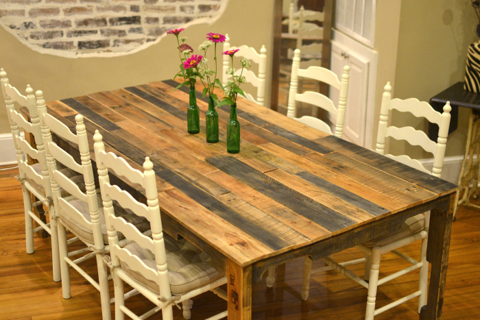 Pallet Harvest Table