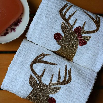 DIY Mr. & Mrs Rudolph Hand Towels from Sew Creative made on the Cricut Explore make the perfect Christmas Hostess Gift.