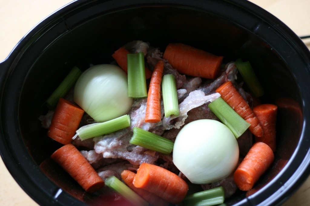 How to make Chicken Broth aka bone broth in your slow cooker