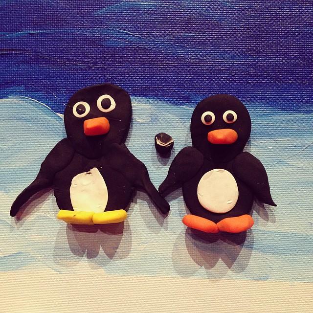 4D penguin wall art
