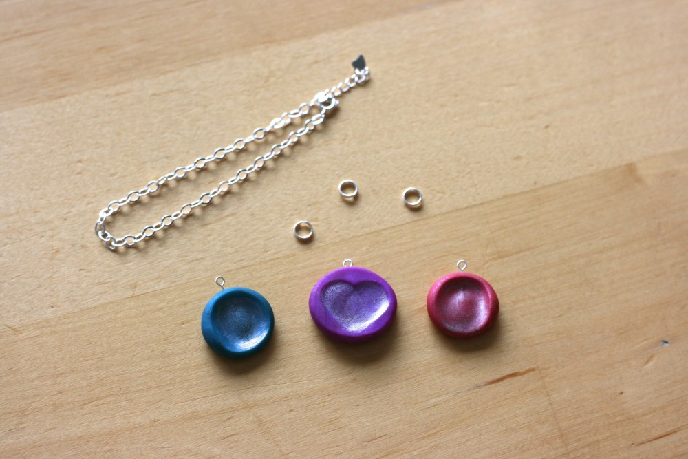 Step 7- Collect your jump rings and bracelet