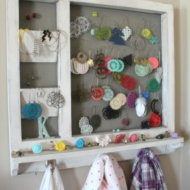 A Girl And A Gluegun DIY Jewelry and Scarf Organizer