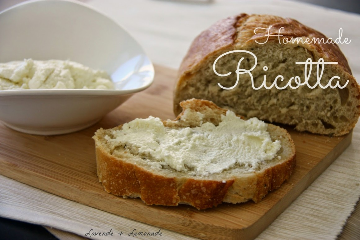 How to make homemade ricotta cheese at home with a few simple ingredients!
