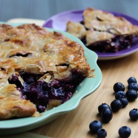 The best things in life are all about simplicity... especially blueberry pie. Check out this quick and easy blueberry pie recipe that is perfect for summer. Cropped
