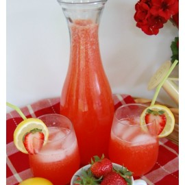 The best strawberry lemonade recipe ever. Sweet, tart, the perfect summer drink for a hot summer day that kids and adults will love.