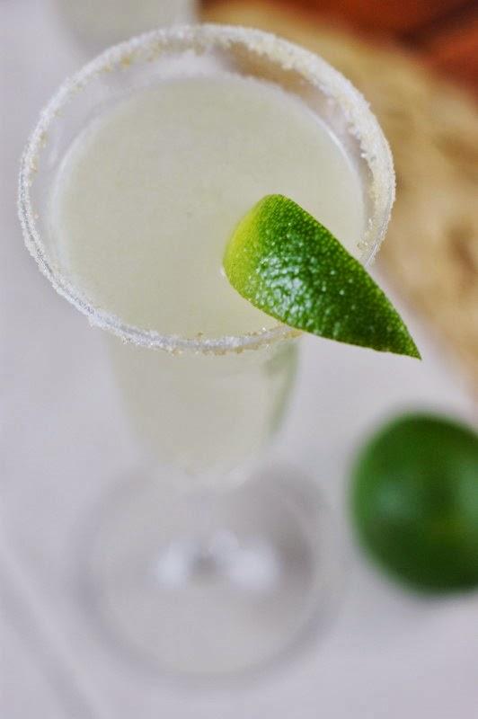 Champagne Margarita_Garnish with Lime 3