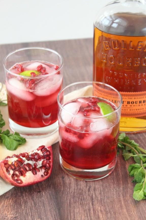 pomegranate-mint-bourbon-fizz