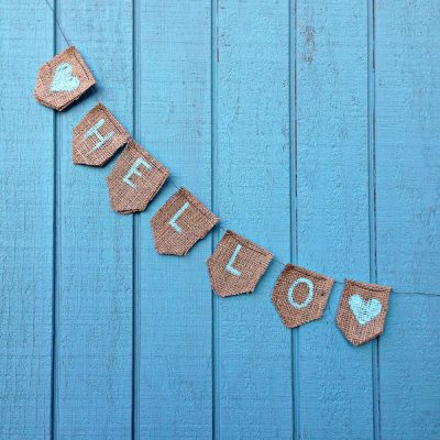 15 Minute Burlap Bunting Sign Tutorial- Blogger Quarterly Craft Challenge