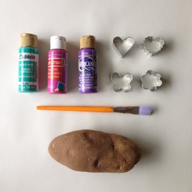 Project With Kids- DIY Potato Stamp Wrapping Paper Using Cookie Cutters!