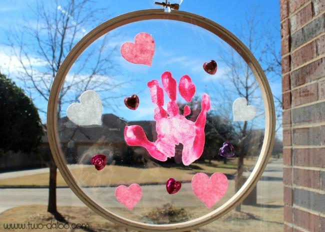 Handprint Sun Catcher from Crafty Texas Girls