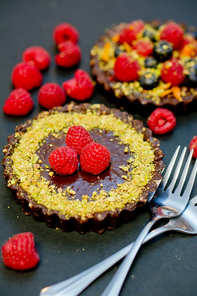 No Bake Chocolate Tarts Recipe from Delicious Meets Healthy