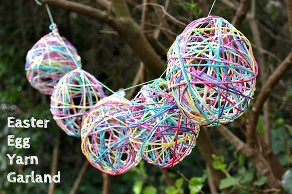 Yarn Egg Garland from Mod Podge Rocks