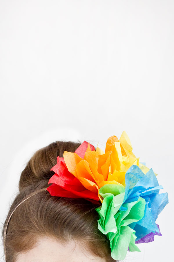DIY Rainbow Fascinator from Studio DIY
