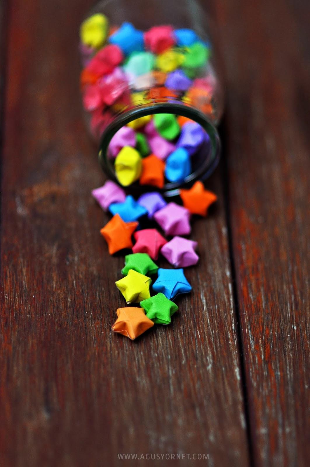 Rainbow Origami Stars from Agus Yornet