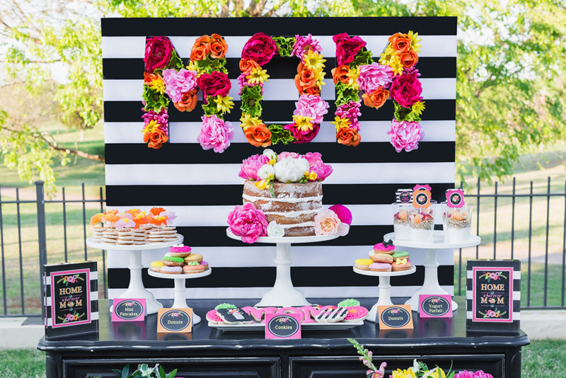DIY Floral Letters from Lillian Hope Designs