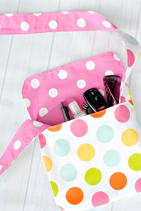 DIY Mini Messenger Bag from Crazy Little Projects