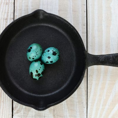 Back To Basics: How To Buy and Refurbish A Cast Iron Frying Pan- Everything You Need To Know