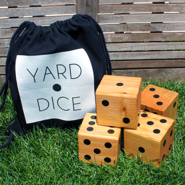 DIY Yard Dice from Blue I Style Blog
