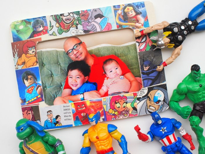 Comic Book Picture Frame from DIY Candy