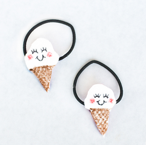 DIY Felt Ice Cream Hair Elastics from Willow Day