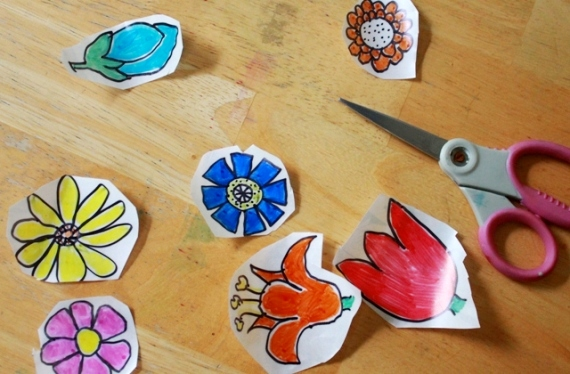 Make Your Own Contact Paper Stickers from Artful Parent