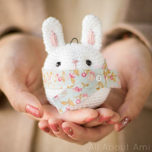 27 Crochet Projects That Are Going To Make You Want To Pick Up Your Crochet Hook: Bunny Ornament Crochet Pattern from All About Ami