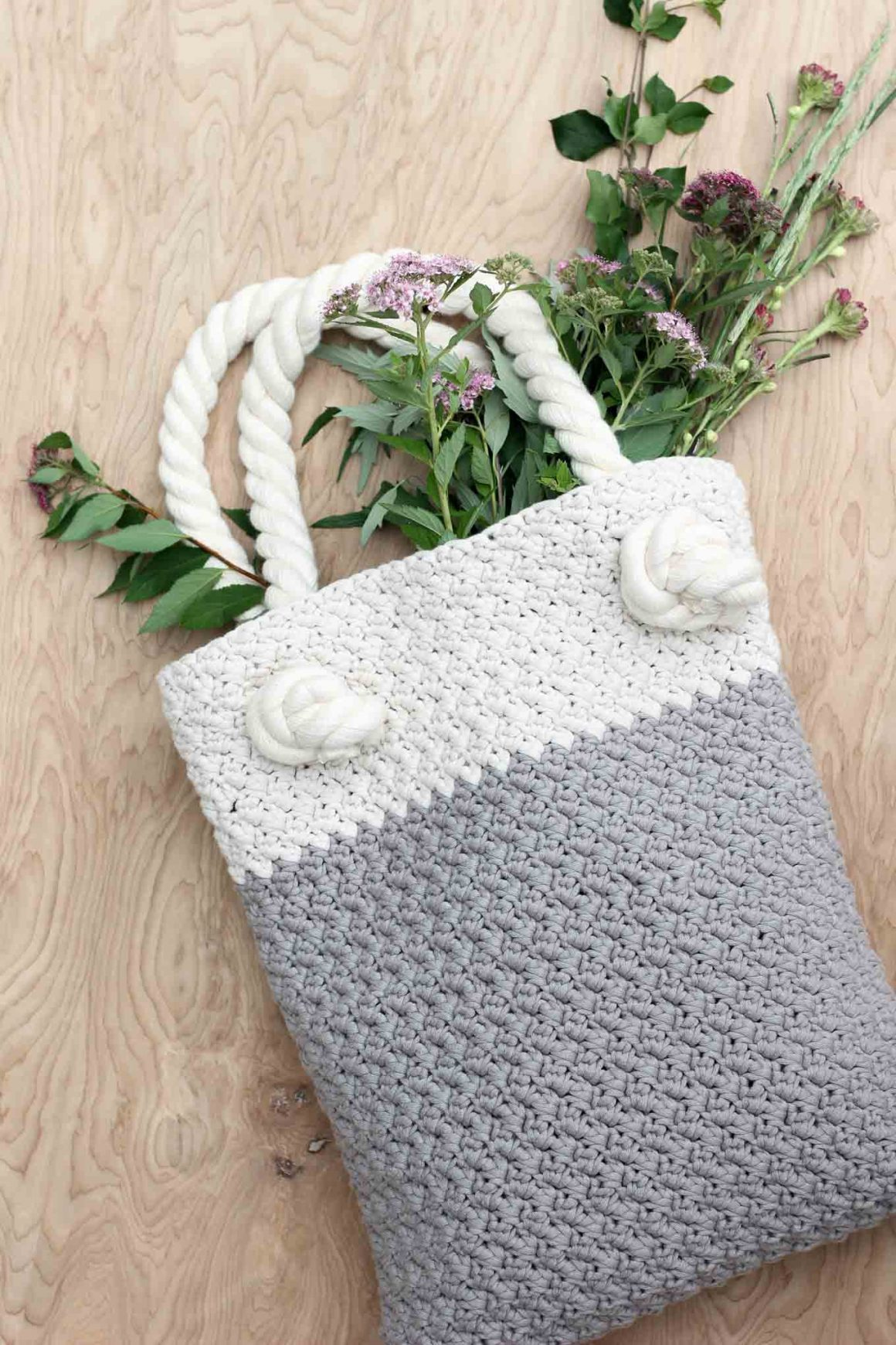 27 Crochet Projects That Are Going To Make You Want To Pick Up Your Crochet Hook: Suzette Crochet Tote Bag Pattern from Make and Do Crew