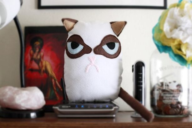 27+ Adorable Free Sewing Patterns for Stuffies, Plushies, Stuffed Animals and Other Felt and Fabric Toys- Grumpy Cat Plush Tutorial from Instructables