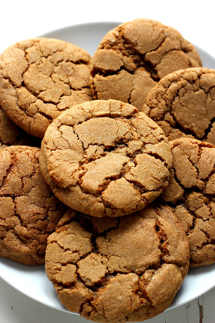 27+ Cookie Recipes Perfect For Christmas Cookie Exchanges- Chewy Ginger Molasses Cookies Recipe from Crunchy Creamy Sweet