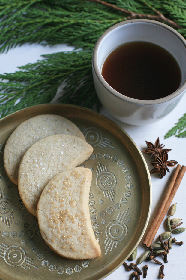 27+ Cookie Recipes Perfect For Christmas Cookie Exchanges- Danae's Chai Spiced Shortbread Cookie Recipe from Jungalow