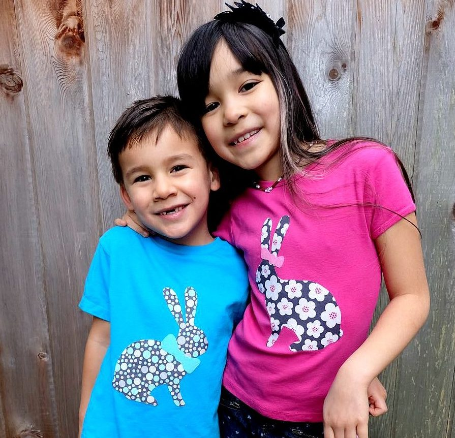 Easter is just around the corner! Dress your kids up for Easter with these adorable easy DIY Easter Shirts made on the Cricut. This fun Cricut Explore Project can be customized by letting your kids pick out the fabric. Includes instruction on how to cut fabric with the Cricut.