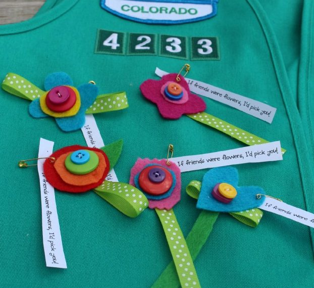12 Cool Girl Scout SWAPS and Craft Ideas