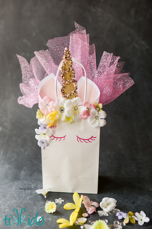 75+ Magically Inspiring Unicorn Crafts, DIYs, Foods and Gift Ideas: DIY Unicorn Party Bag from Tikkido